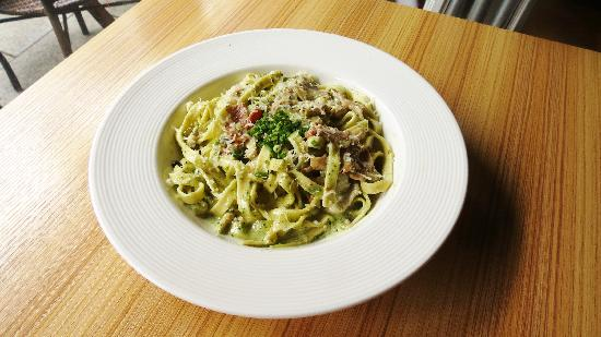 The Alley Restaurant: home made tagliatelle
