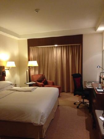 Shangri-la Hotel Shenzhen: 大床