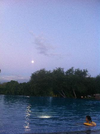 Club Med Albion Villas - Mauritius: 月亮初上