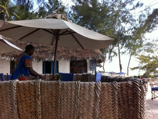 Ndame Beach Lodge Zanzibar : 户外餐厅