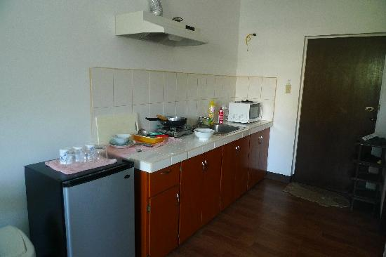 Himawari Hotel: 小厨房做个早餐很方便