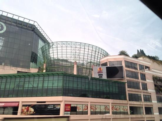 ‪1 Utama Shopping Centre‬