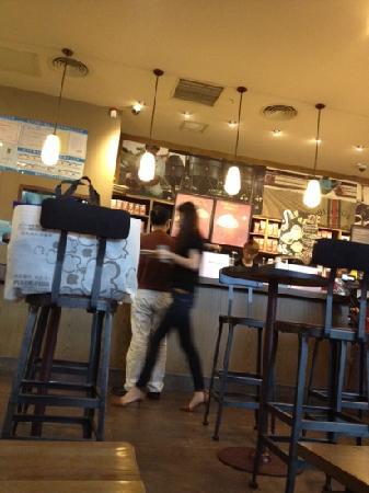 Starbucks (BaoLi ZhongHuan)