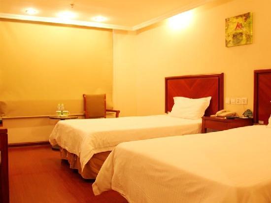 GreenTree Inn Yancheng Dafeng Business Hotel: 客房