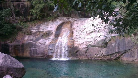 Emerald Valley : 翡翠谷