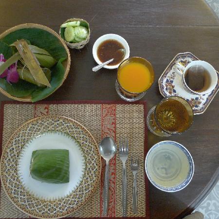 สิปป์ บูติค เทเวศร์ แบงคอก: 令人感觉被盛情款待的早餐