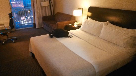 Holiday Inn Civic Center (San Francisco): 酒店的大床房