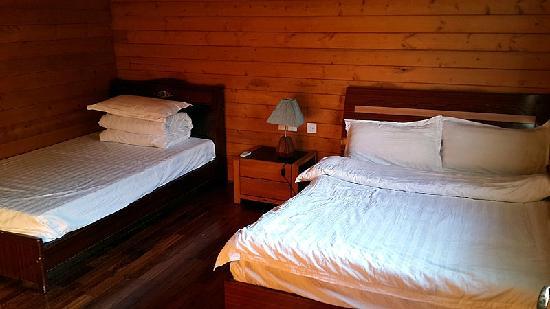 Shanhe Xiuxian Resort Mountain Villa: 一楼卧室