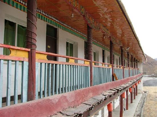 Dengba Hostel Xindu Bridge: 走廊