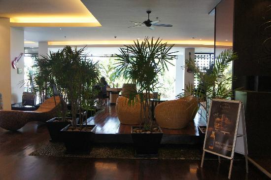 Novotel Hua Hin Cha Am Beach Resort and Spa: 咖啡厅