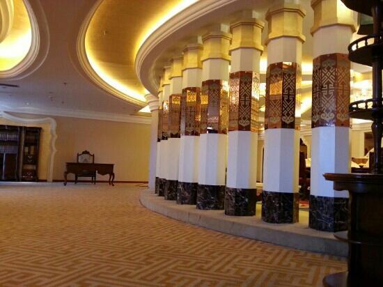 Boman HNA Grand Hotel