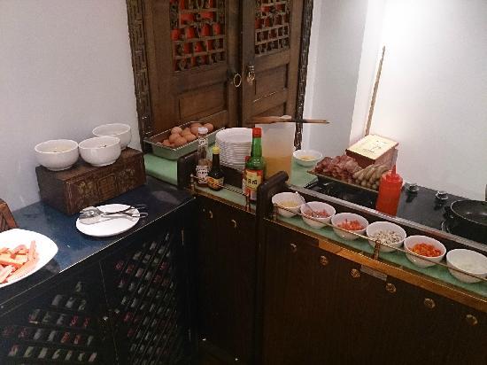 Red Wall Garden Hotel: Breakfast Selection