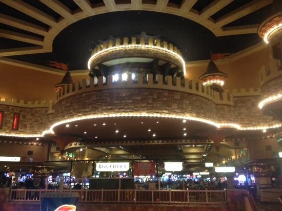 Casino at Excalibur : 很霸气的赌场!!