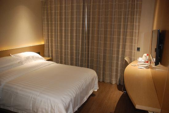 Beijing Lien Hotel : 大床