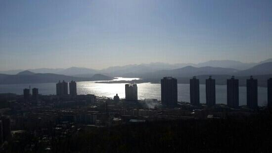 Wugang, Chiny: 冬日寺坡