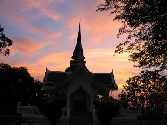 Wat Trapang Tong Lang : 夕阳西下