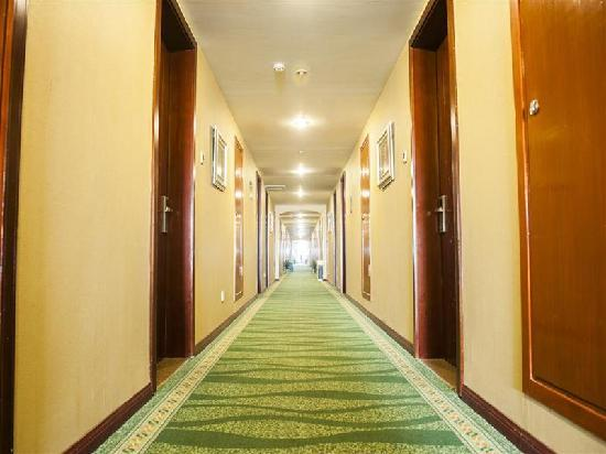 GreenTree Inn Changzhou North Qingyang Road Business Hotel : 走廊