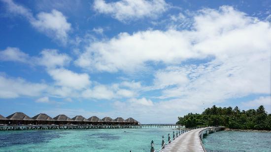 AYADA Maldives: 蓝天白云