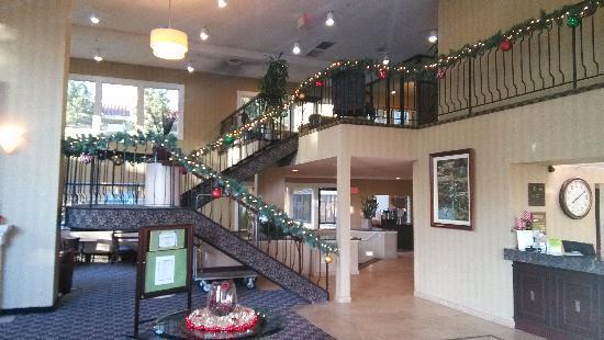 La Quinta Inn & Suites Oakland - Hayward: 别致的前台