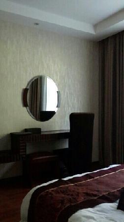 Shimenxia Hotel: 房间局部