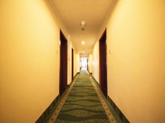 GreenTree Inn Huaibei Renmin Road Business Hotel: 走廊