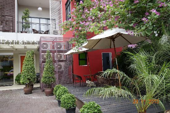 Hotel de Bangkok: 庭院