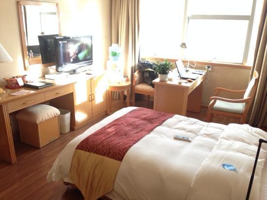 Bestway Hotel Kunming: 大床房