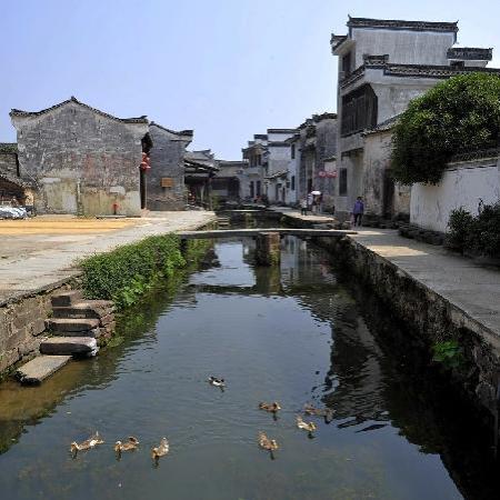 Huizhou Ancient City: 徽州古城