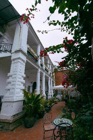 Little White Palace Inn Gulangyu Island: 全景