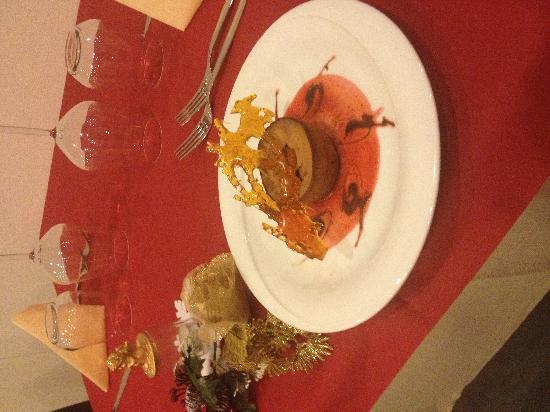 Tre Moscardini: tortino al cioccolato caldo con gelato alla vaniglia