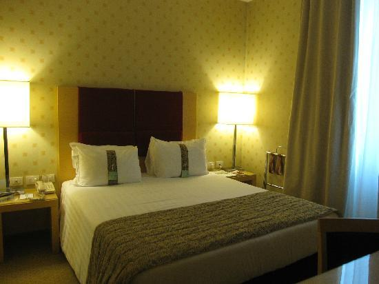 Holiday Inn Milan - Garibaldi Station: 房间内部