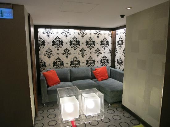 Hotel B Taipei: 走廊
