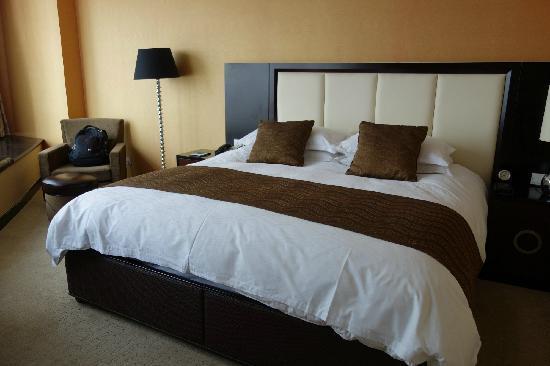 Zhongbang Hotel: 4