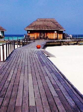 Club Med Kani: 水上屋