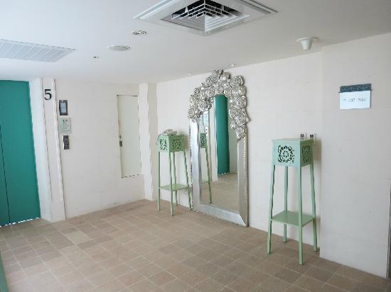 Bouti X Hotel : 电梯间