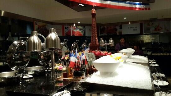 Guangzhou Marriott Hotel Tianhe : 西餐厅