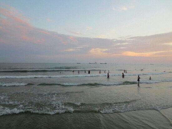 Silver Beach (Yin Tan) : 海