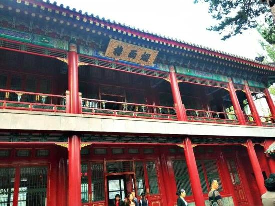 Imperial Summer Palace of Mountain Resort : 烟雨楼