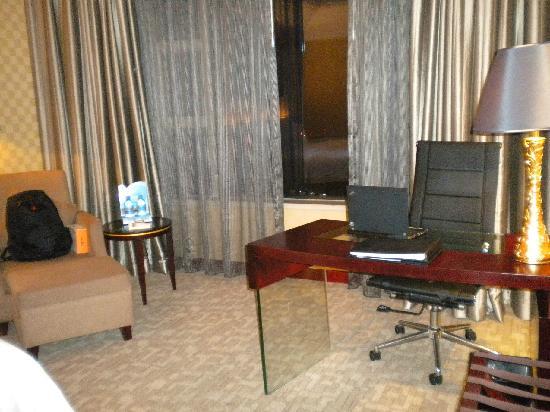 Victory International Hotel : 5
