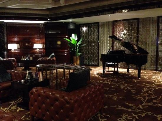 Sheraton Shanghai Waigaoqiao Hotel : 酒廊不错