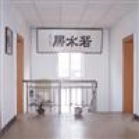 Ruoshuiju Hostel: 2楼楼道