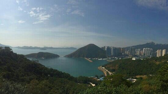 Deep Water Bay : 富人区