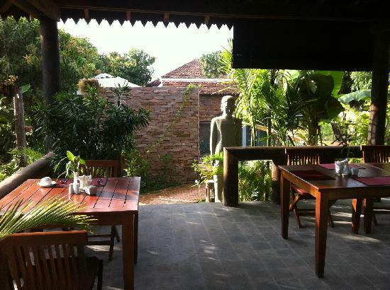 Bunwin Residence : 餐厅