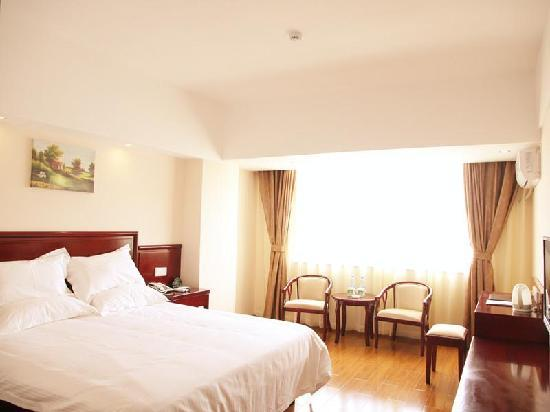 Greentree Inn Lijiang Railway Station Yuxing Road Express Hotel