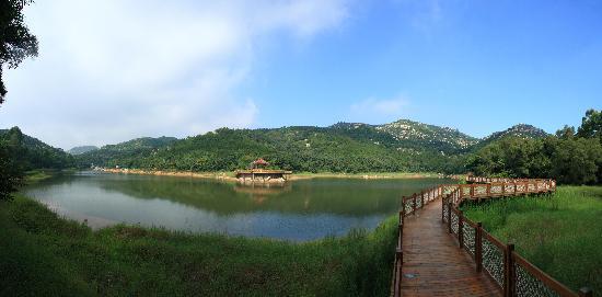 China Merchants Hotel: 附近风景图-静湖公园