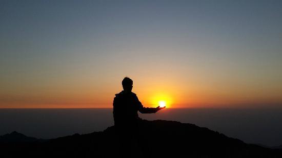 Wugong Mountain (Wu-kung) : 2013年12月29日清晨,九龙山山顶观日出。