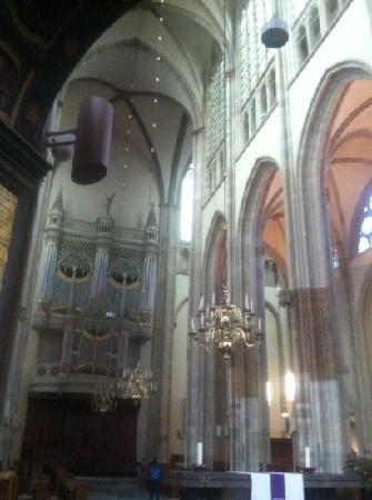 Catedral (Domkerk) y Torre de la Catedral (Domtoren): aichan