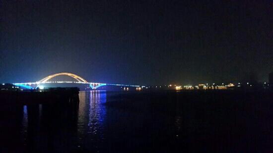 WuYuanWan ShangYe Jie A Qu