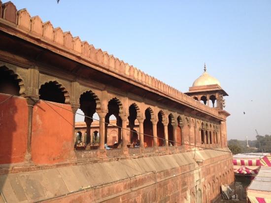Jama Masjid: 外墙