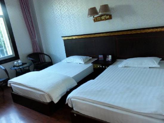 Yingyou Hotel : 标准间